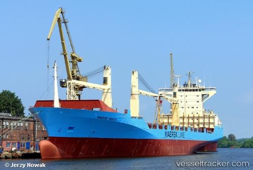 Cargo Ship MSC Amy IMO 9242651 by jojek