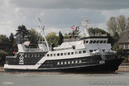 https://images.vesseltracker.com/images/vessels/midres/Koi-1327105.jpg