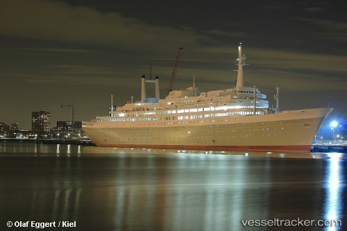 Passagierschiff Rotterdam IMO 9122552 by Kieler