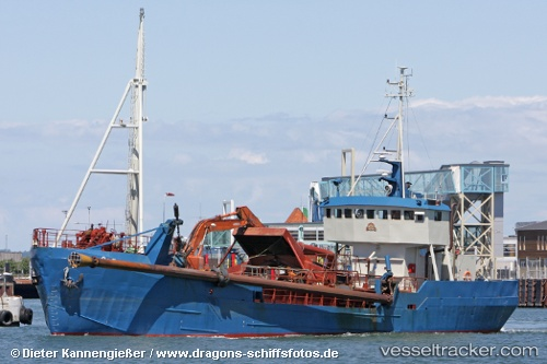 Dredger Ahlsell IMO 7726782 by Dragon2