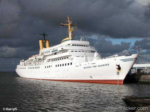 Passenger ship Wappen Von Hamburg IMO 906510887 by HarryS