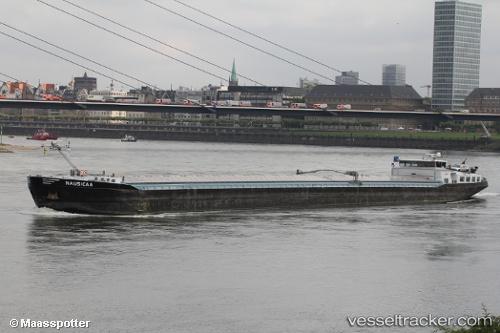 Frachtschiff Nausicaa by maasspotter