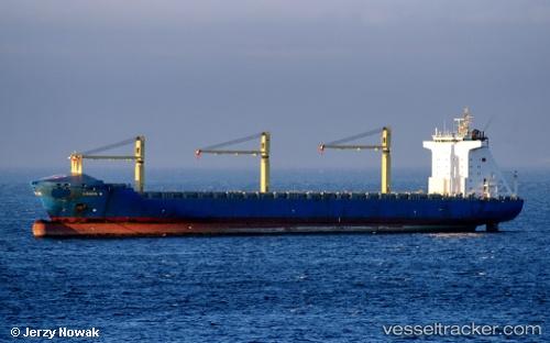 Cargo Ship Louis S IMO 9219381 by jojek