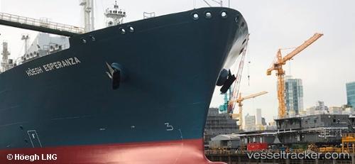 Tankship Hoegh Esperanza IMO 9780354 by arnekiel