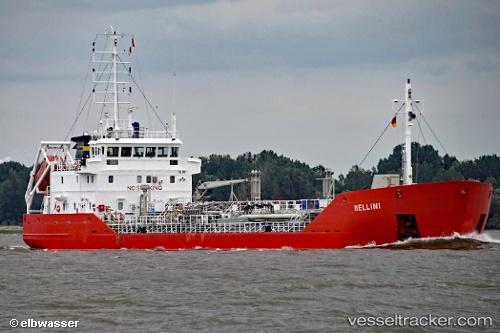 Tanker Bellini IMO 9157014 by elbwasser
