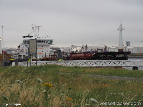 Tanker Anhout Swan IMO 9401300 by Piet-Verspui