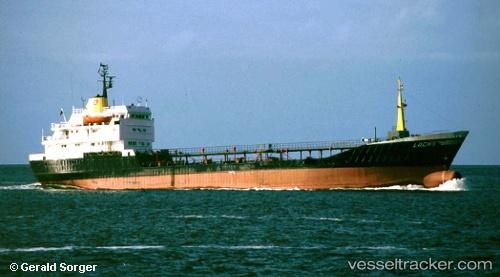 Tankship Apecus IMO 7333810 by blaubear