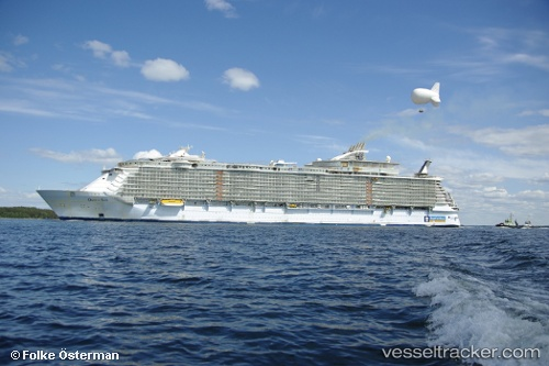 oasis of seas pictures. Passenger ship Oasis Of The
