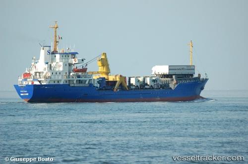 Vrachtschepen Mastoorah IMO 7111107 by primodagosto