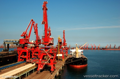 Hafen: Rizhao by cabul