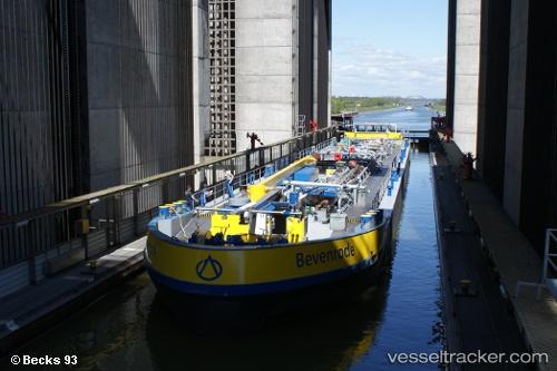 Tanker Bevenrode IMO 4018333 by Becks93