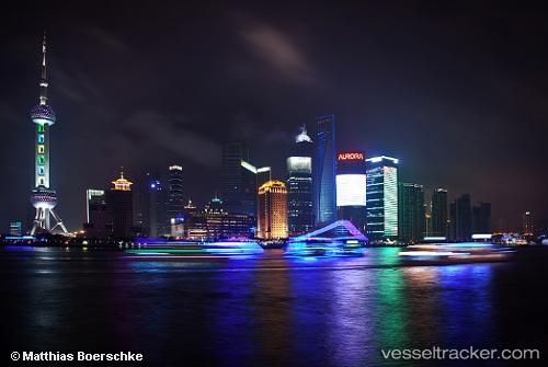 Hafen: Shanghai by Pershing
