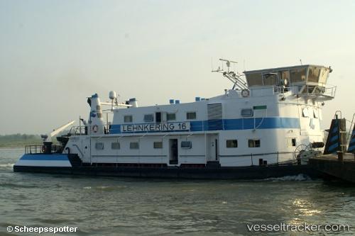 Otros Barcos Lehnkering 16 by scheepsspotter