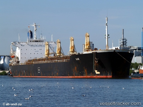 Frachtschiff Ilse IMO 8115291 by ab-und-zu