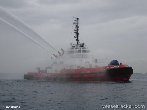 Tug RT Champion IMO 9489950 by westerbaen
