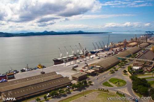 Hafen: Paranagua by baleche