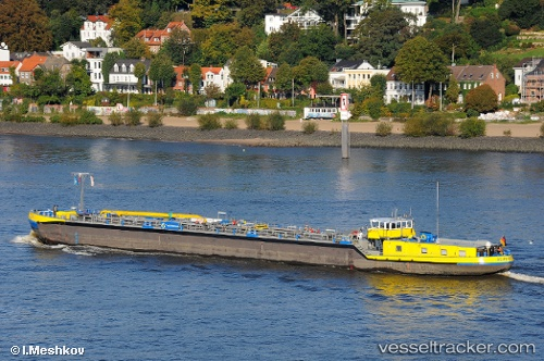 Tanker Bevenrode IMO 40183330 by master0163