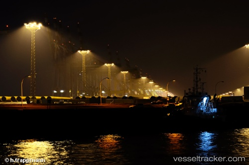 port: Bremerhaven by trappmann