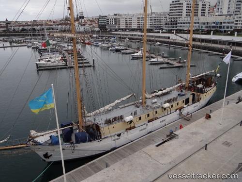 Hafen: Ponta Delgada by Rubenamorim