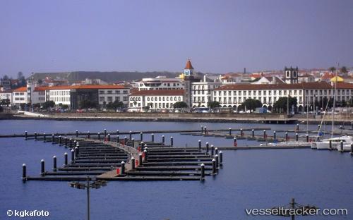 Hafen: Ponta Delgada by bergedorf