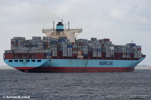 photo of the Maren Maersk by ArmandLestat