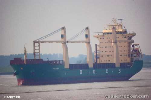 Cargo Ship African Wind IMO 9423633 by schrekk