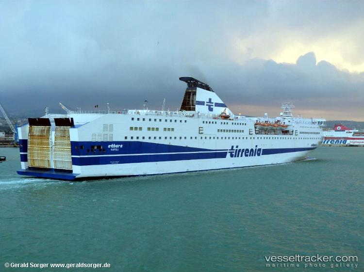 ATHARA Vessel photos for blaubear - vesseltracker.com
