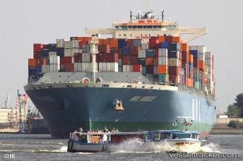 MOL Breeze - Cargo Ship, IMO 9685358, MMSI 477127900, Callsign VRNL8