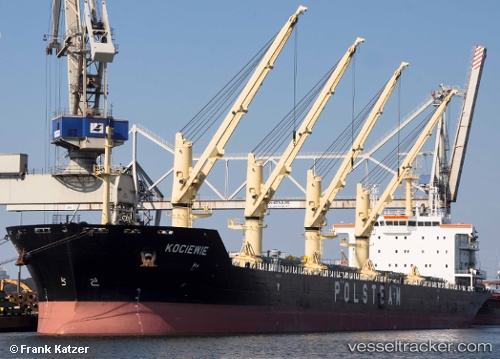 Kociewie Cargo Ship Imo 9423798 Mmsi 311014100 Callsign C6xm5